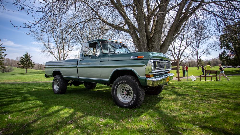 TruckMeet2.jpg