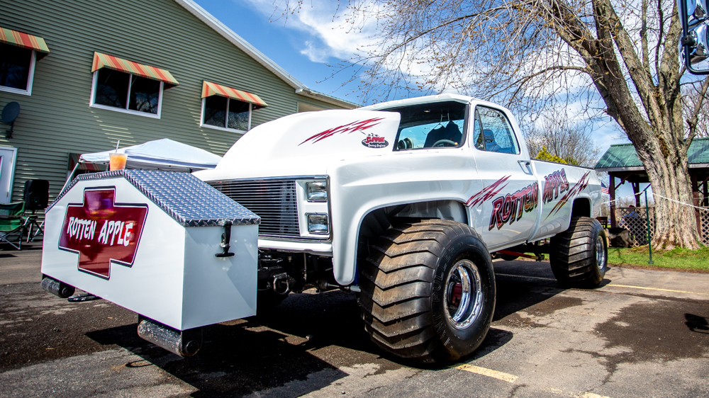 TruckMeet3.jpg