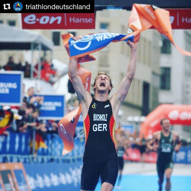 #throwbackthursday Today 11 years ago. Look at this kid 😅 The beginning of 10 exciting years of @worldtriathlon racing. Not an easy life, but a life full of commitment & passion!  Even if I'm way slower today, I still enjoy being fit & healthy. Thanks @triathlondeutschland for this reminder  #triathlon #worldchampionship #hamburg
