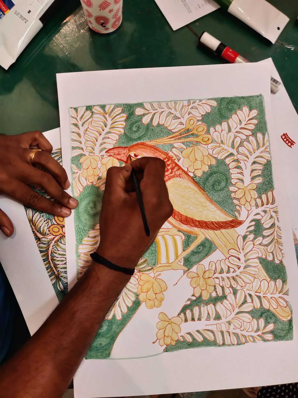 Under muralist and teacher Vishnu Vikraman's patient tutelage, everyone was able to pick up pace quickly, learning to outline and use the spell-binding stippling technique used in the Kerala mural.  This was the second Mural Painting workshop held by the Kerala Museum, the first being Sacred Worlds in 2017.