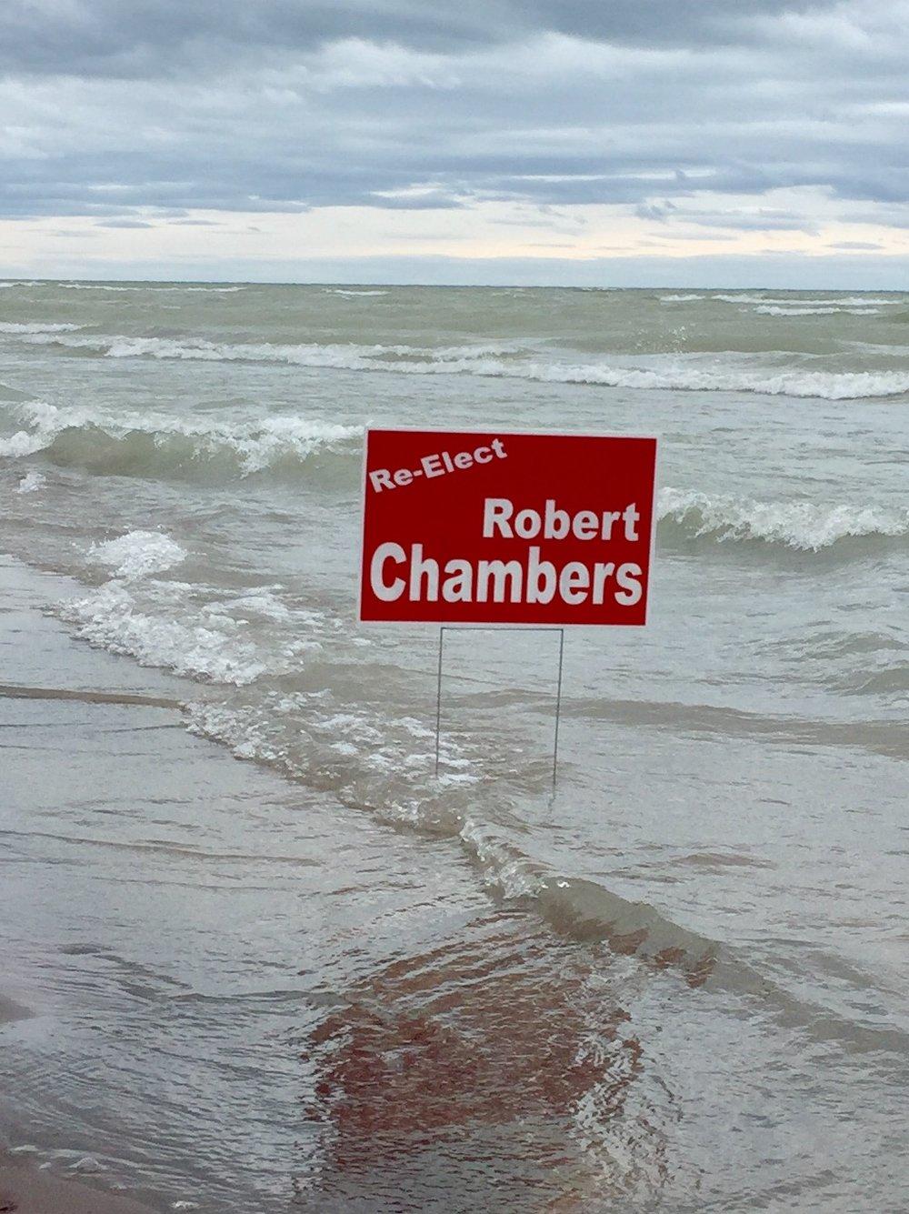 Re-Elect Robert Chambers -