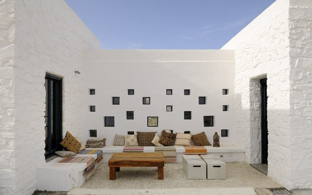 Villa Parathira_Atrium_1150x720.jpg