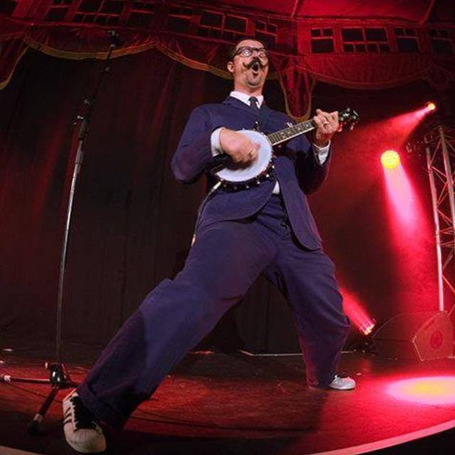 Mr B the gentleman rhymer review
