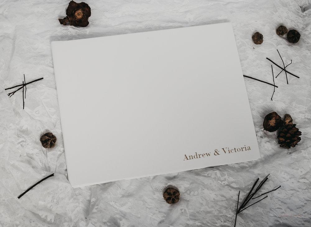 Vicki&Andrew-WeddingAlbum-2.jpg