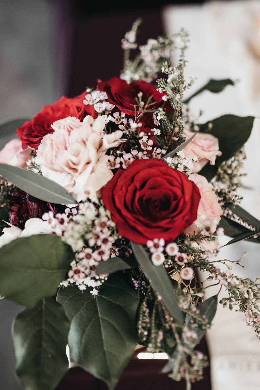 Ourjonrahevents-ValentinesFloralWorkshop-3.jpg