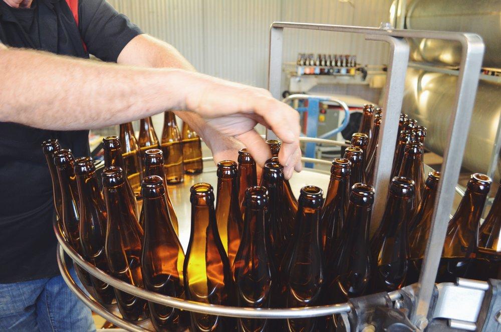 adelso_bryggeri_flaskor