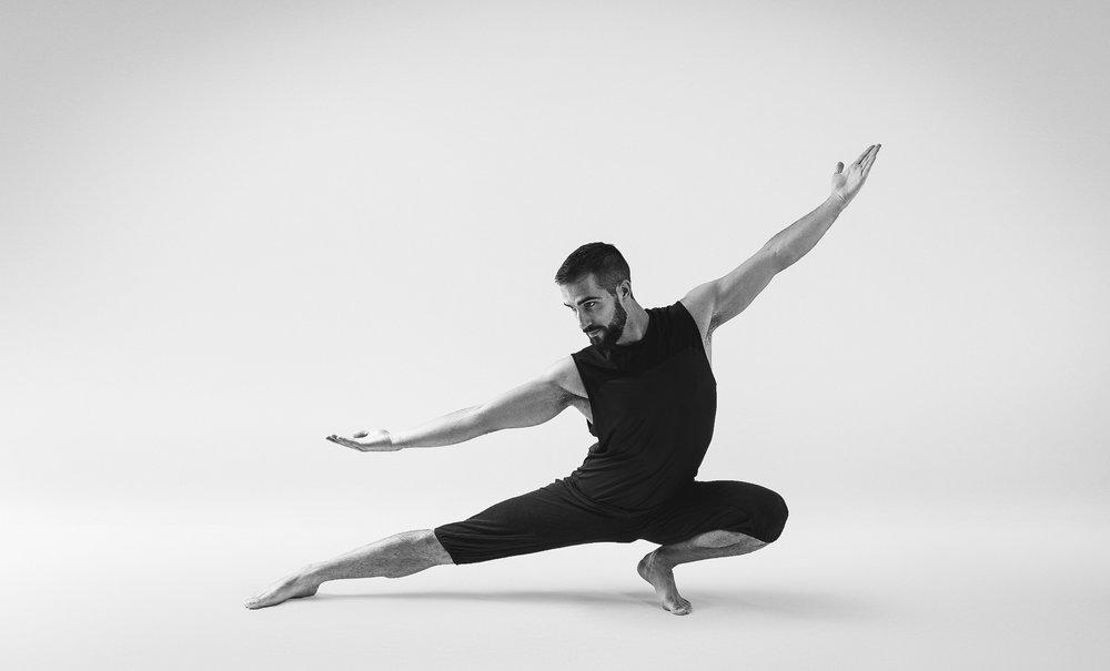 Qi gong, tiger form, martial arts