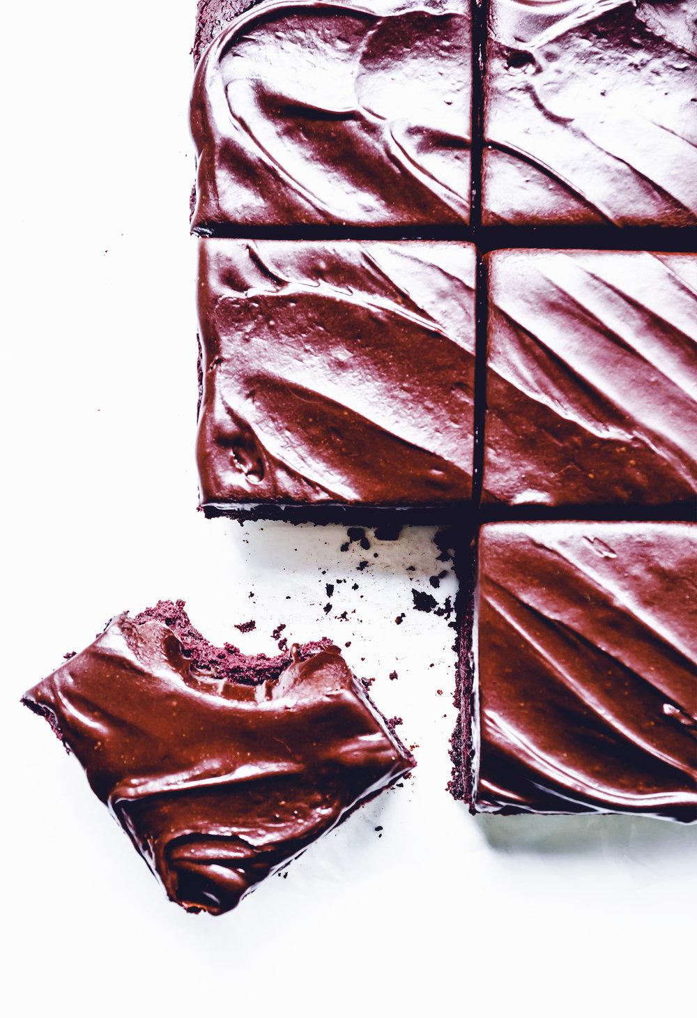 beetroot brownies - Delicious Monster