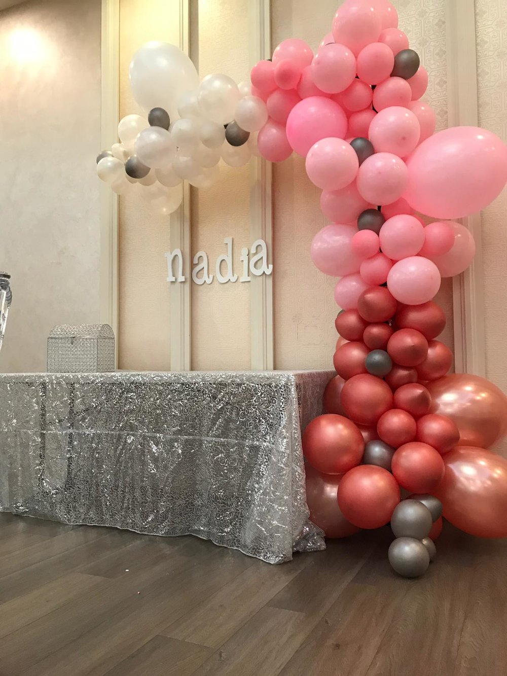 Balloon garland - A lot of colors available