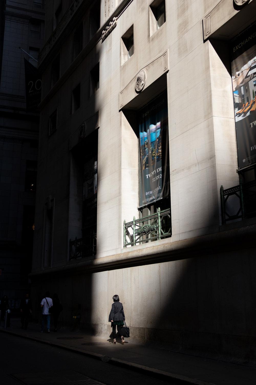 wallstreetshadows1_.jpg