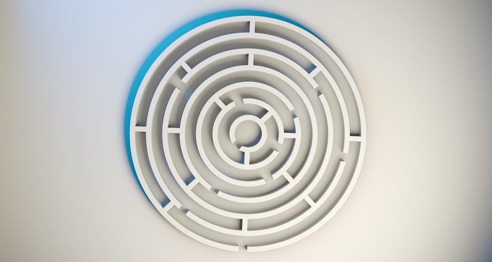 labyrinth-1872669_1280.jpg