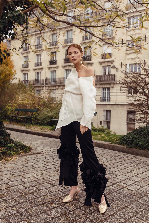 Jolie-editorial-2.jpg