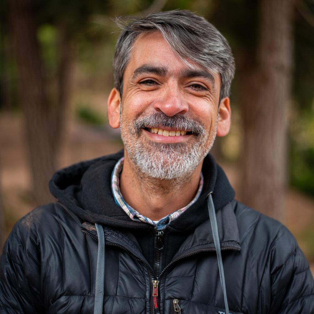 Rodrigo, Director de operaciones