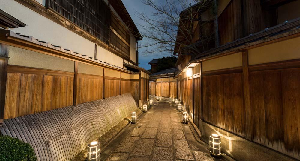 Ishibei Koji 06 Night.jpg