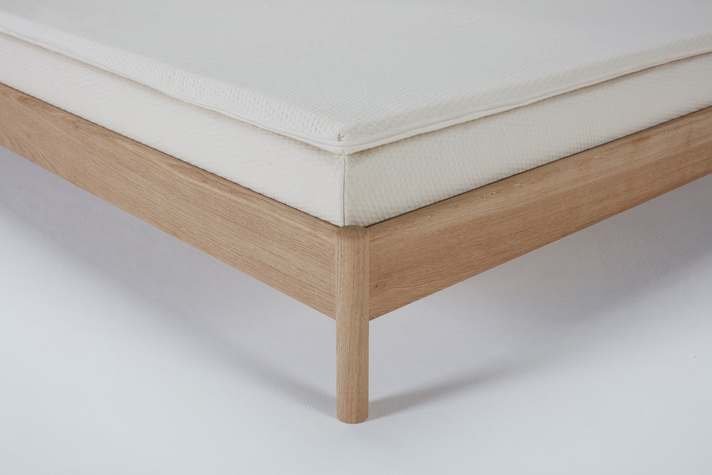 re-mattress-topper-classic-detail.jpg