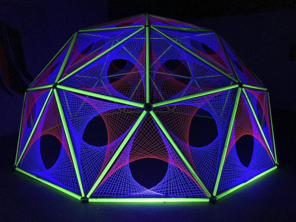 2-spectra-light-art-ultra-violet-black-aberdeen-dome-hub-geodesic-parabola.jpg