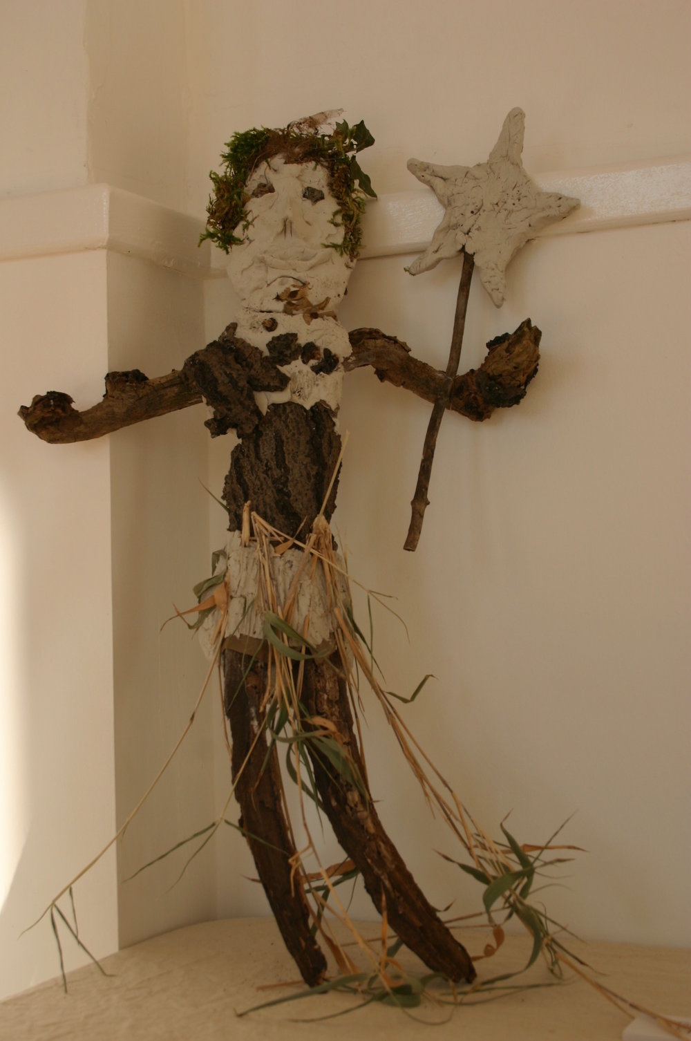 3-wood-fairy-craigmillar-castle-park-edinburgh-environmental-art.jpg