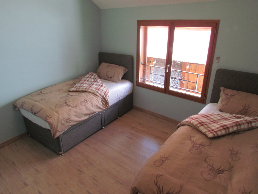 Bedroom 2 two singles (option for double).JPG