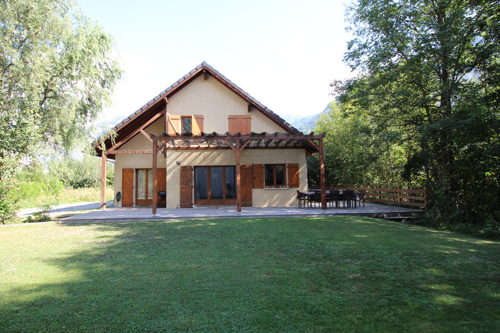 Maison Bord De Rive - Sleeps 10    Read more