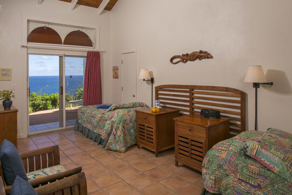 Main Villa room (Maho) configured with Twin XL beds