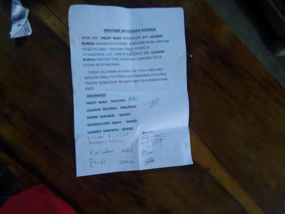 Vertrag zum Kauf des Grundstückes in Makuyuni, Tansania vom 02.07.2018. Leider etwas unscharf ;)