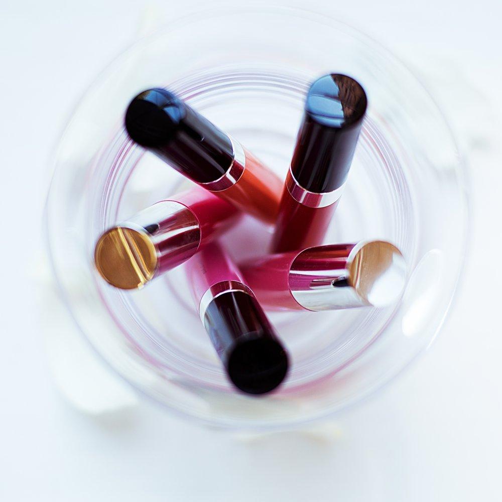 lipstick circle