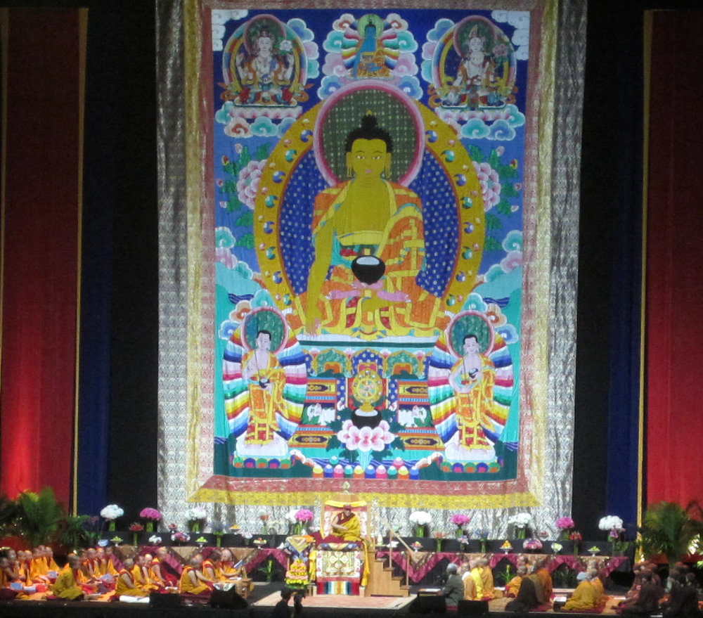 dalailama_stage.jpg