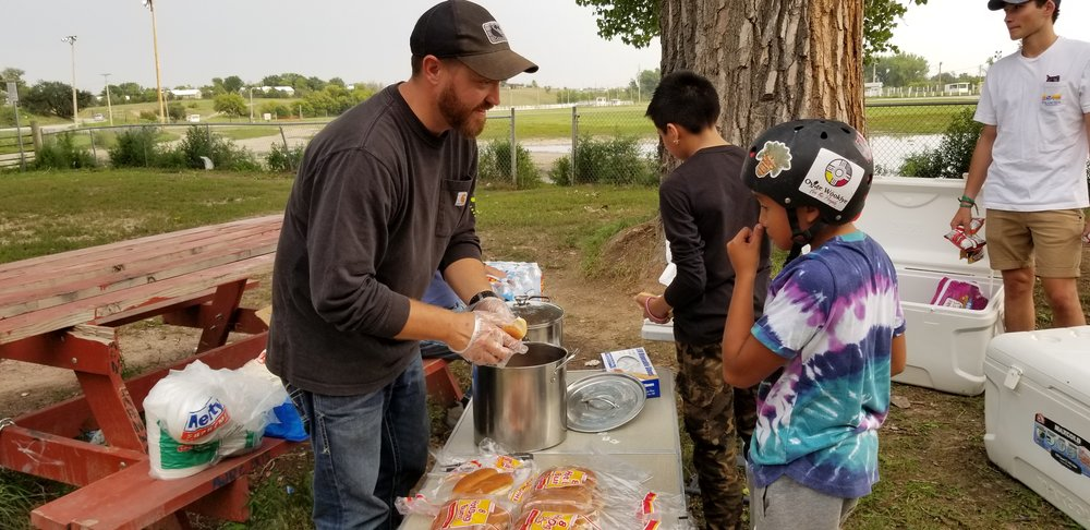 Feeding the kids at Pine Ridge skatepark & bringing the gospel message.