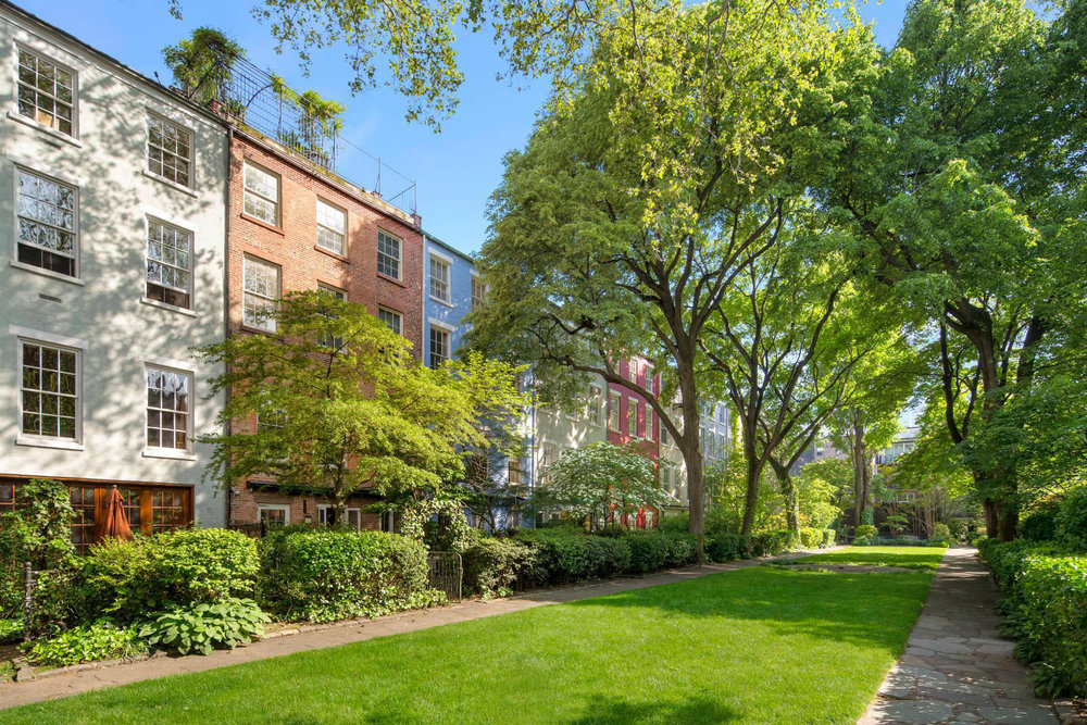 88 MAC DOUGAL STREET | GREENWICH VILLAGE