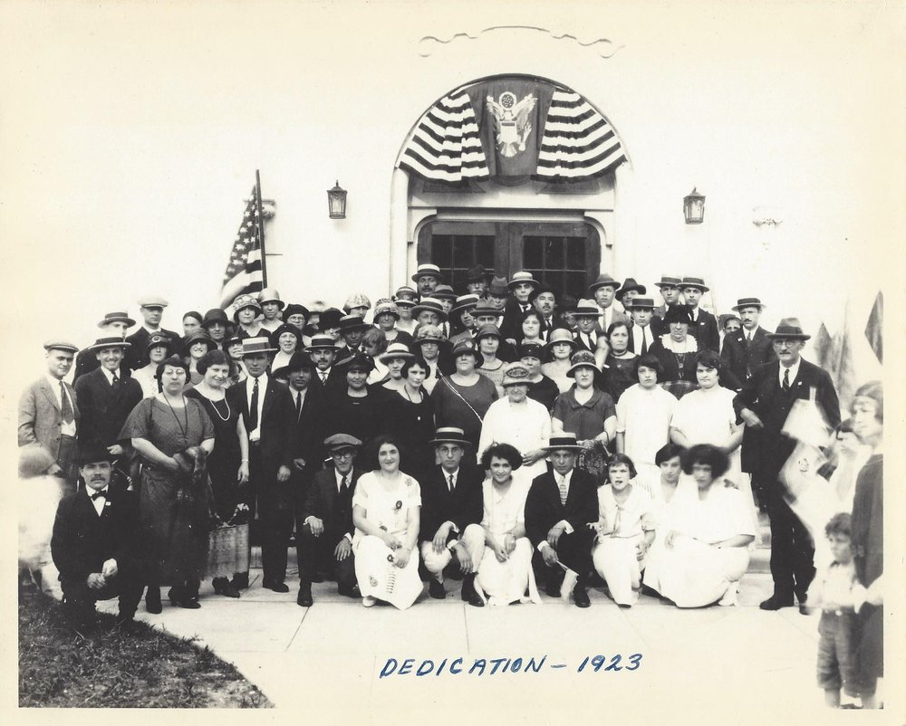Dedication picture 1923 of synagogue.jpg