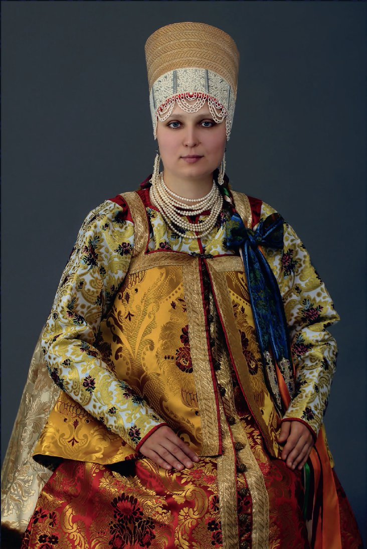 A traditional Mezen formal dress.