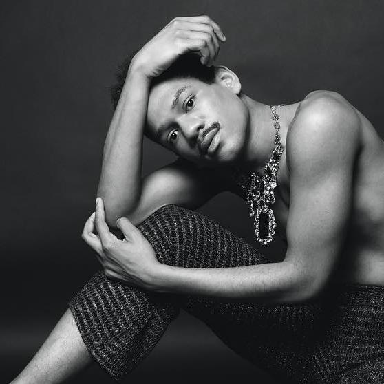 Ashton Muñiz - 'Ezra'
