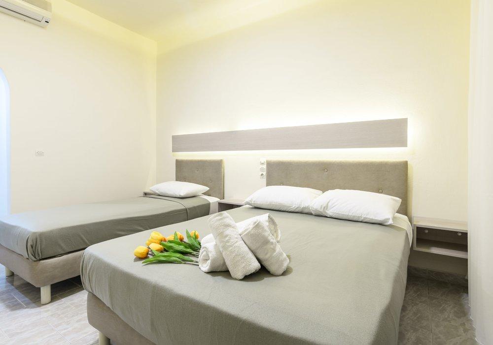05-beds-1-min.jpg