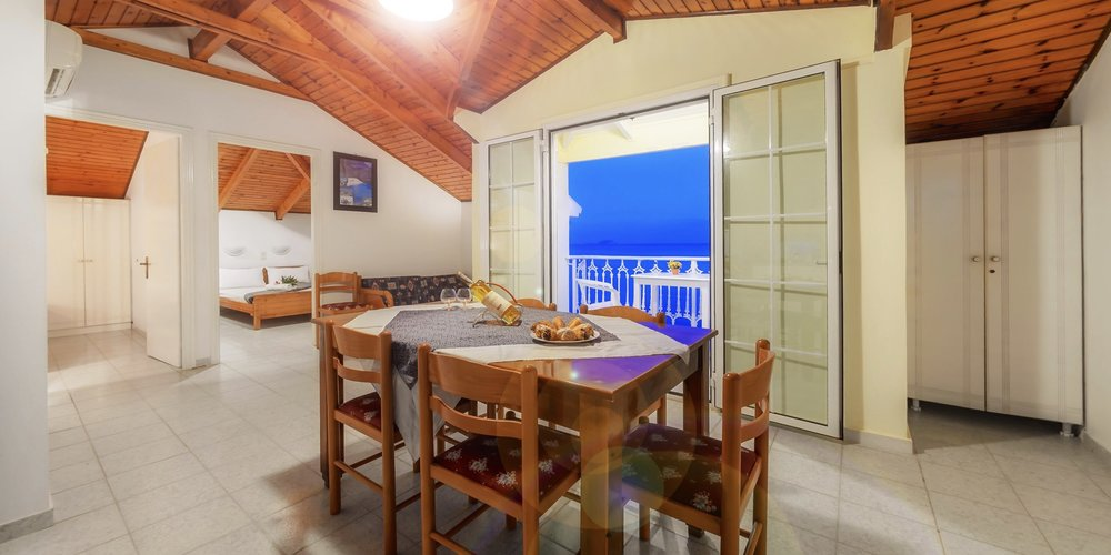 two-bedroom-apartment-vacation-rental-in-zakynthos.003.jpeg