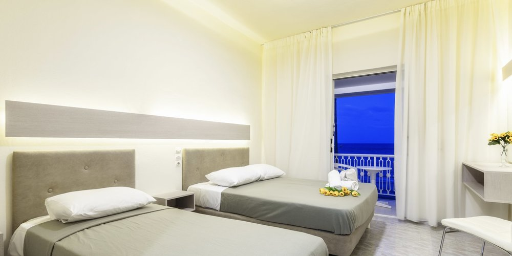 6-vacation-rental-studio-in-laganas-zante-greece.001.jpeg