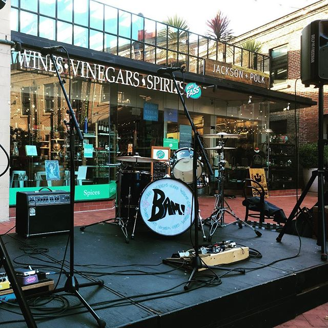 Tonight's stage! At least for Jules, while Michael is traveling. Come by @ghirardellisquare tonight around 6:30 to hear her play! #underthefog #livemusic #sfmusic #ghirardellisquare #sanfrancisco
