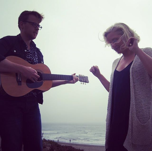Happy Thanksgiving! We so thankful for all of you and your support. May you spend the day with food, friends and family, and maybe some music 🎶 #happythanksgiving #bairdandbeluga #thankful #holidays #localmusic #folkmusic #duo #sfmusic