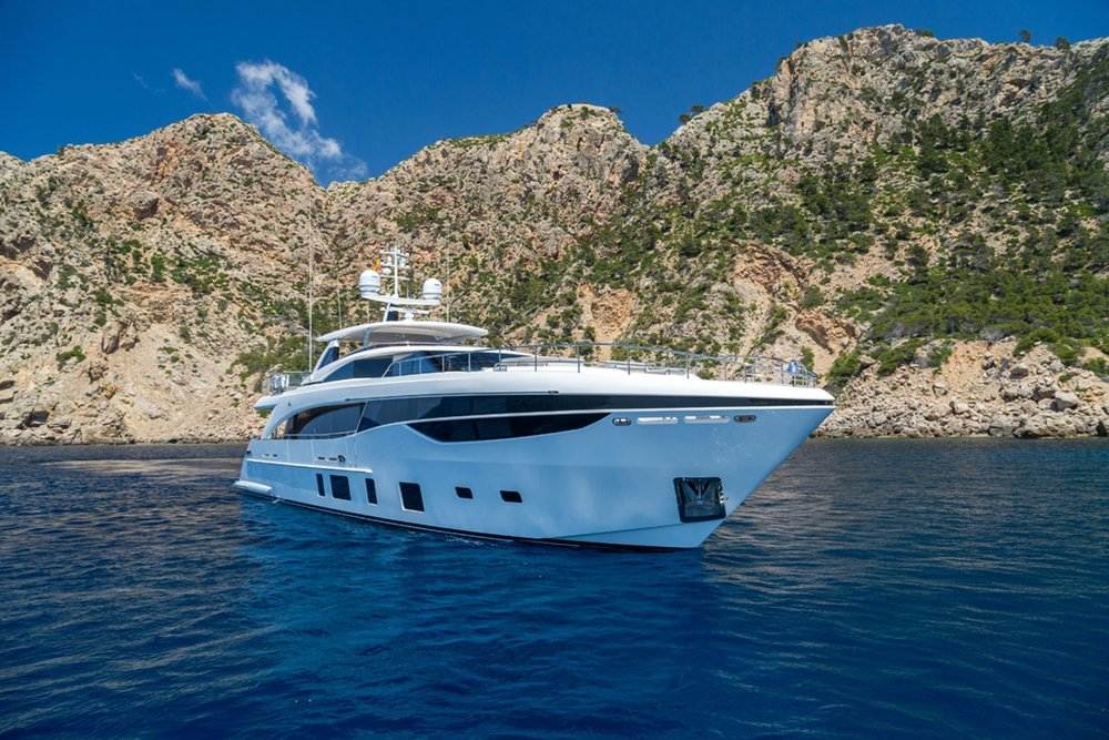 PRINCESS 35M - Born of an ambition to elevate the yachting experience, our 35M is a wonder of luxurious space. The innovative cockpit has a unique aft and forward facing seating area that can be specified with a variety of configurations. Dipping into crystal clear water is effortless from the hydraulic swimming platform whilst lounging aboard reaches new heights of luxury on the foredeck. Your expression of exclusivity awaits.