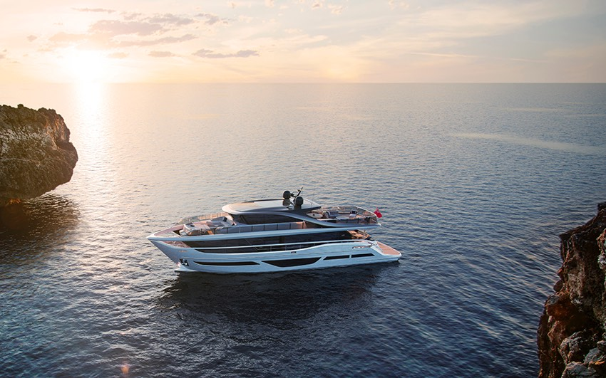 X CLASS - EXPERIENCE AN ENTIRELY NEW CONCEPT IN YACHT DESIGN A NEW BENCHMARK FOR LUXURY LIVING SPACE.