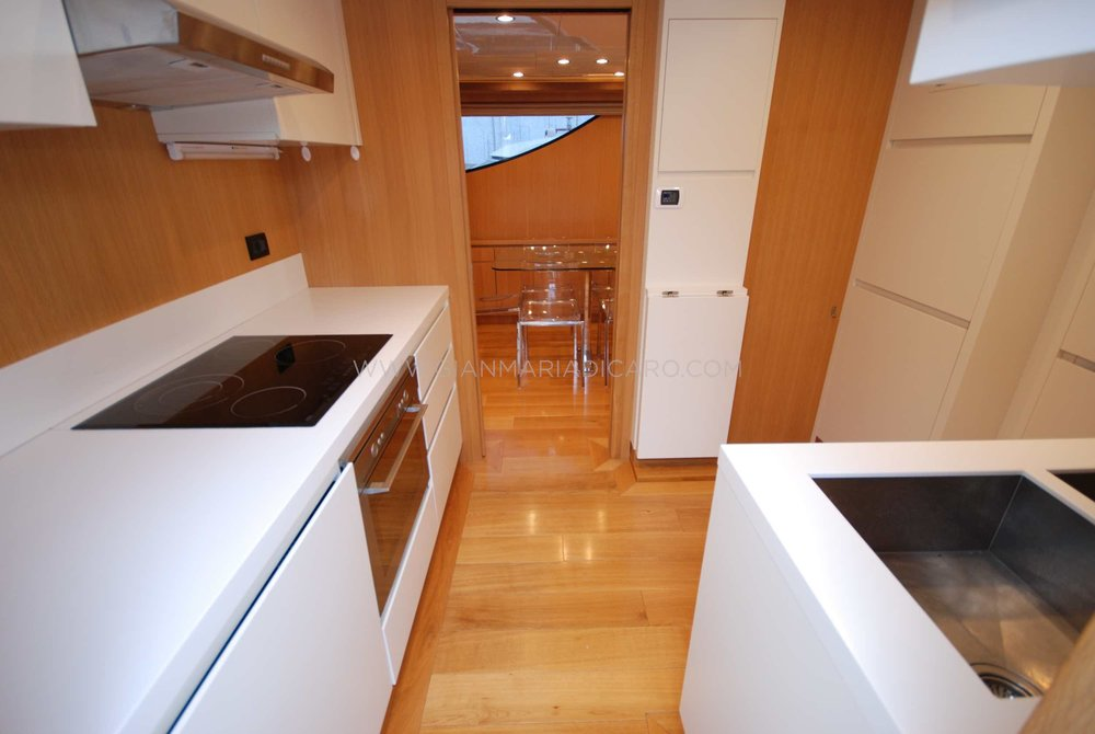 emys-yacht-22-unica-for-sale-11.jpg