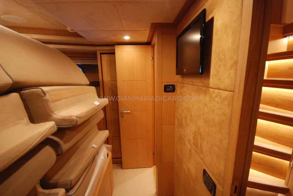 emys-yacht-22-unica-for-sale-13.jpg