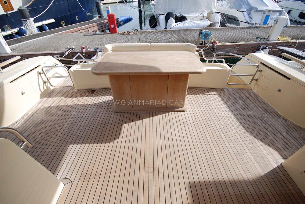 ferretti-altura-690-okabe-for-sale-4.jpg
