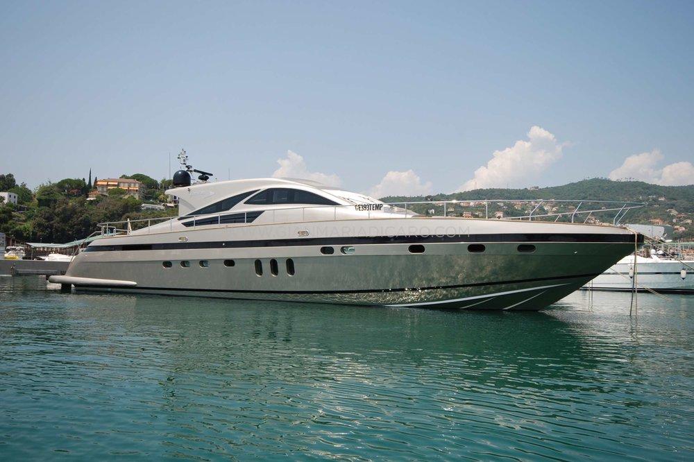 italian-yachts-jaguar-80-miss-11-for-sale-1.jpg