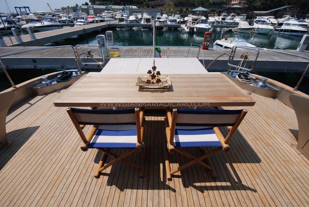 italian-yachts-jaguar-80-miss-11-for-sale-7.jpg