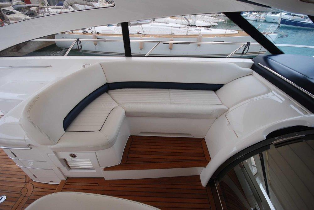 princess-yachts-v58-maestro-di-vita-for-sale-12.jpg