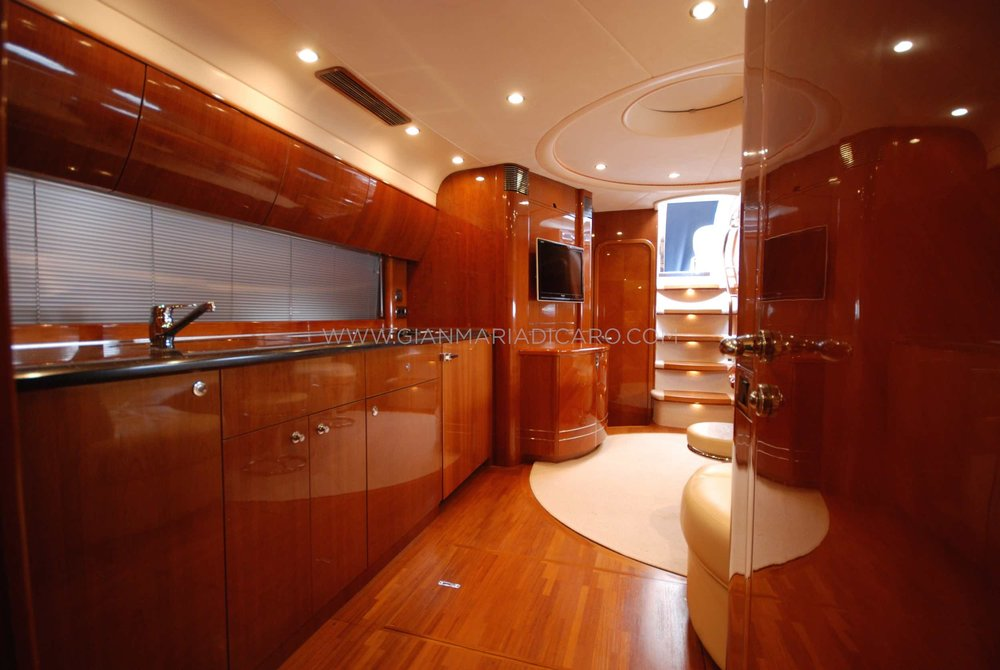 princess-yachts-v58-maestro-di-vita-for-sale-16.jpg