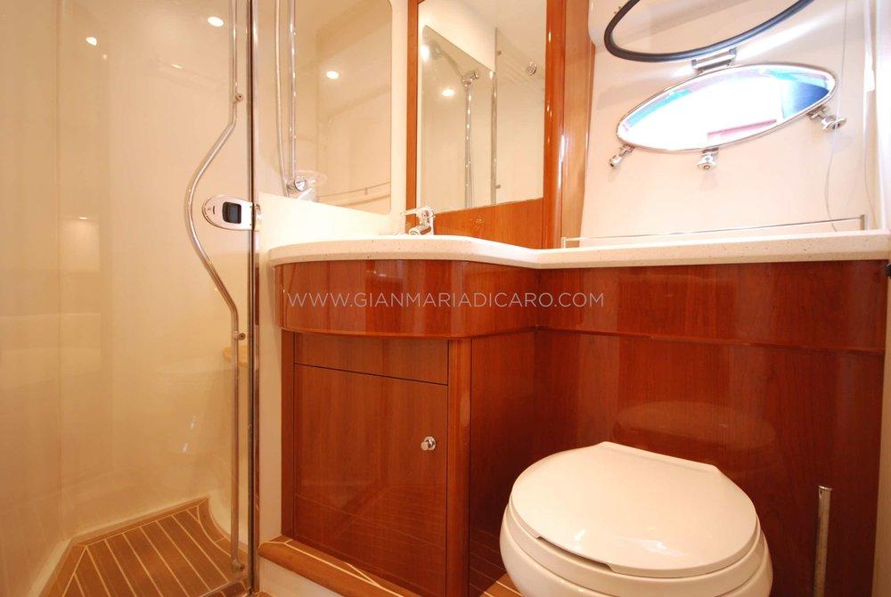 princess-yachts-v58-maestro-di-vita-for-sale-20.jpg