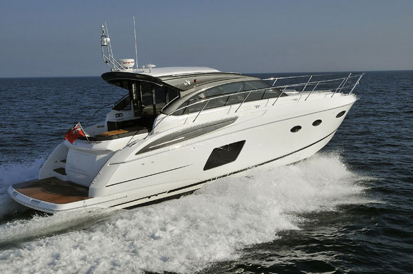2017 Princess V48 Open 'Alison' - VOLVO IPS 600 • 435 HP • 134 Hours4 BERTHS IN 2 CABINS • 2 BATHROOMSFrance / €825,000 VAT PAID