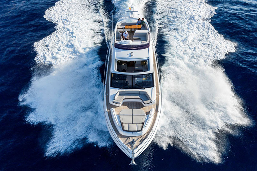 PRINCESS S65 - There's an undeniable presence about the all-new Princess S65, with her slender streamlined form that somehow also exudes a predatory air. A lightweight deep-V hull delivers on this promise with breathtaking agility up to 38 knots