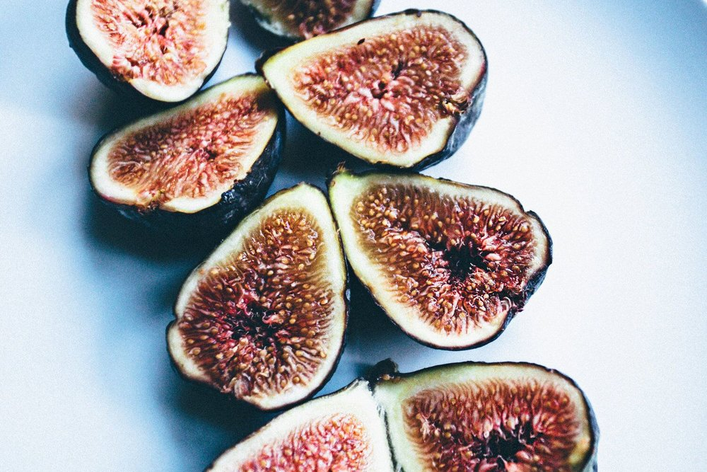 NV_BUDGET_HUNGRY_FIGS_PHOTO_ART_NAI_VASHA